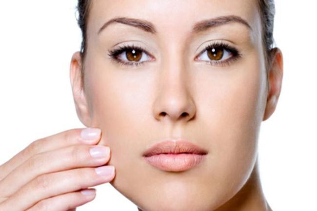 creme clareador para o rosto 300x200 - Creme clareador de manchas: Dicas para ter a pele perfeita