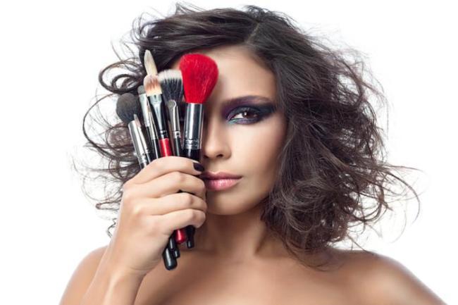 como se maquiar passo a passo 300x200 - Curso de automaquiagem online