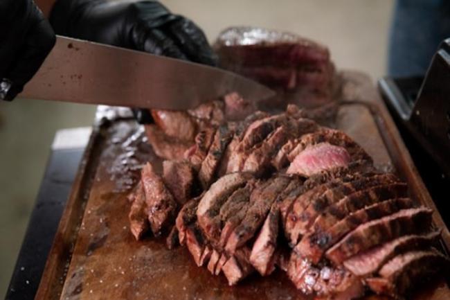 curso de churrasco 300x200 - Curso de churrasqueiro seja mestre no churrasco