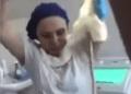 Bizarro: Uma cobra de um metro e vinte foi parar na garganta de uma mulher quando ela dormia