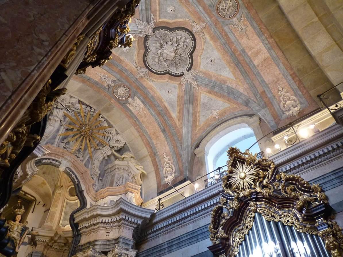 Torre e Igreja dos Clérigos 02 Porto Portugal Mundo Indefinido