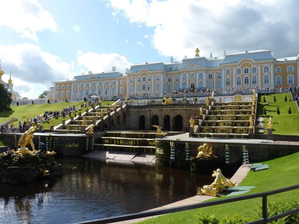 Peterhof sem água 01 São Petersburgo Rússia Mundo Indefinido