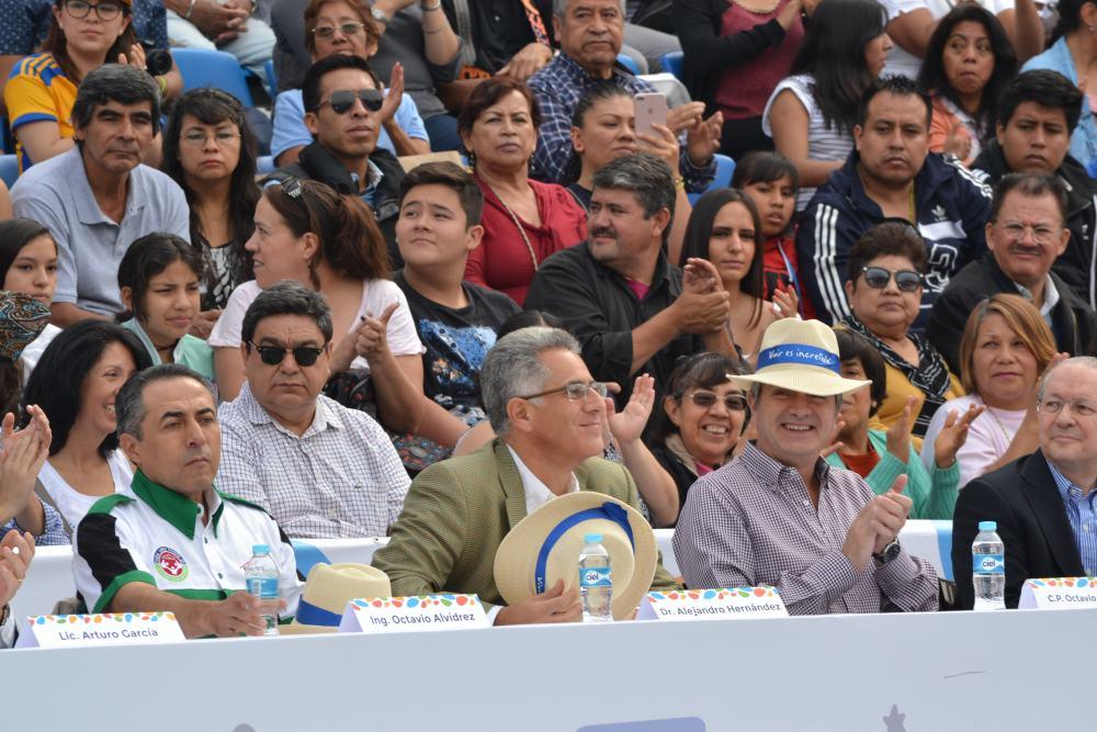 Ing. Octavio Alvidrez, Vicerrector Dr. Alejandro Hernández Juegos Deportivos y Culturales BAL