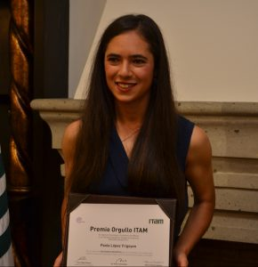 Ana Paola López Yrigoyen en el evento Premios Orgullo ITAM. FOTO: ITAM
