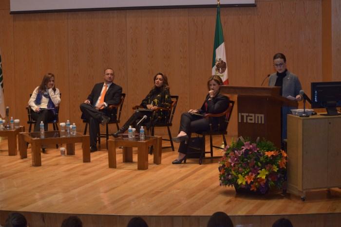 Margarita Zavala, Horacio Vives, Mariana Benítez, Marta Tagle, Nancy de la Sierra