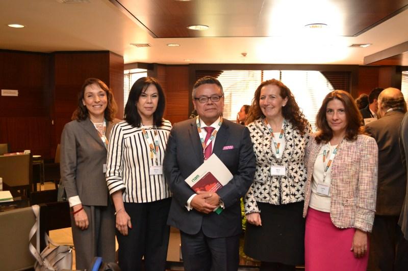 Claudia González, Aurora Monroy, Pólux Díaz, María Merino y Cecilia Cruz