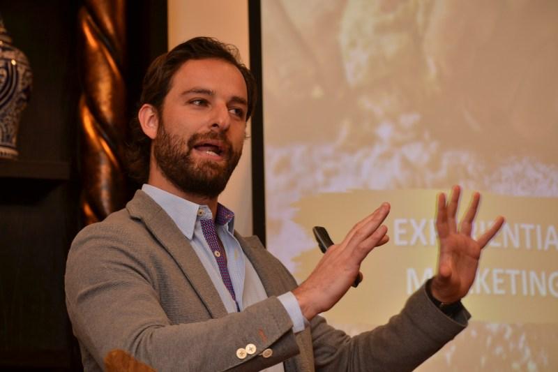 Mario Ocampo, National Brand Manager de Coca-Cola en el evento de experiential marketing