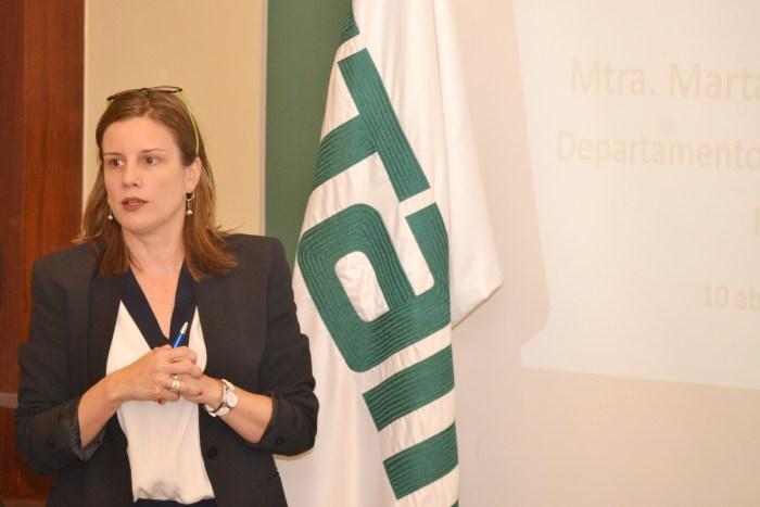 Maestra Marta Cebollada, Coordinadora Académica del Departamento de Ciencia Política.