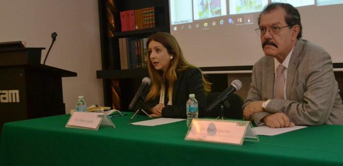 La Dra. Valeria Zepeda y el Dr. Raúl Figueroa mencionaron los factores sociales de los enfrentamientos bélicos a principios del siglo XX. FOTO: ITAM
