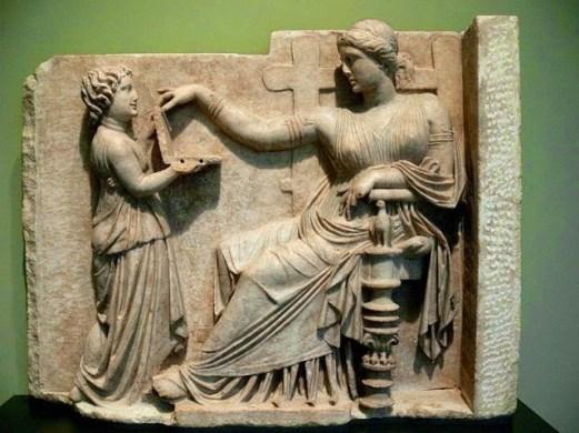 Antigua obra de arte griega muestra lo que parece ser un ordenador portátil