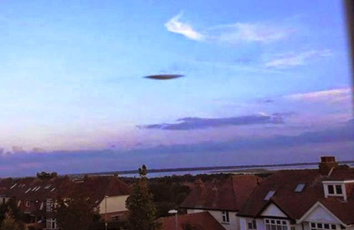 Avistamientos OVNI en Inglaterra, Florida y California. Portsmouth.