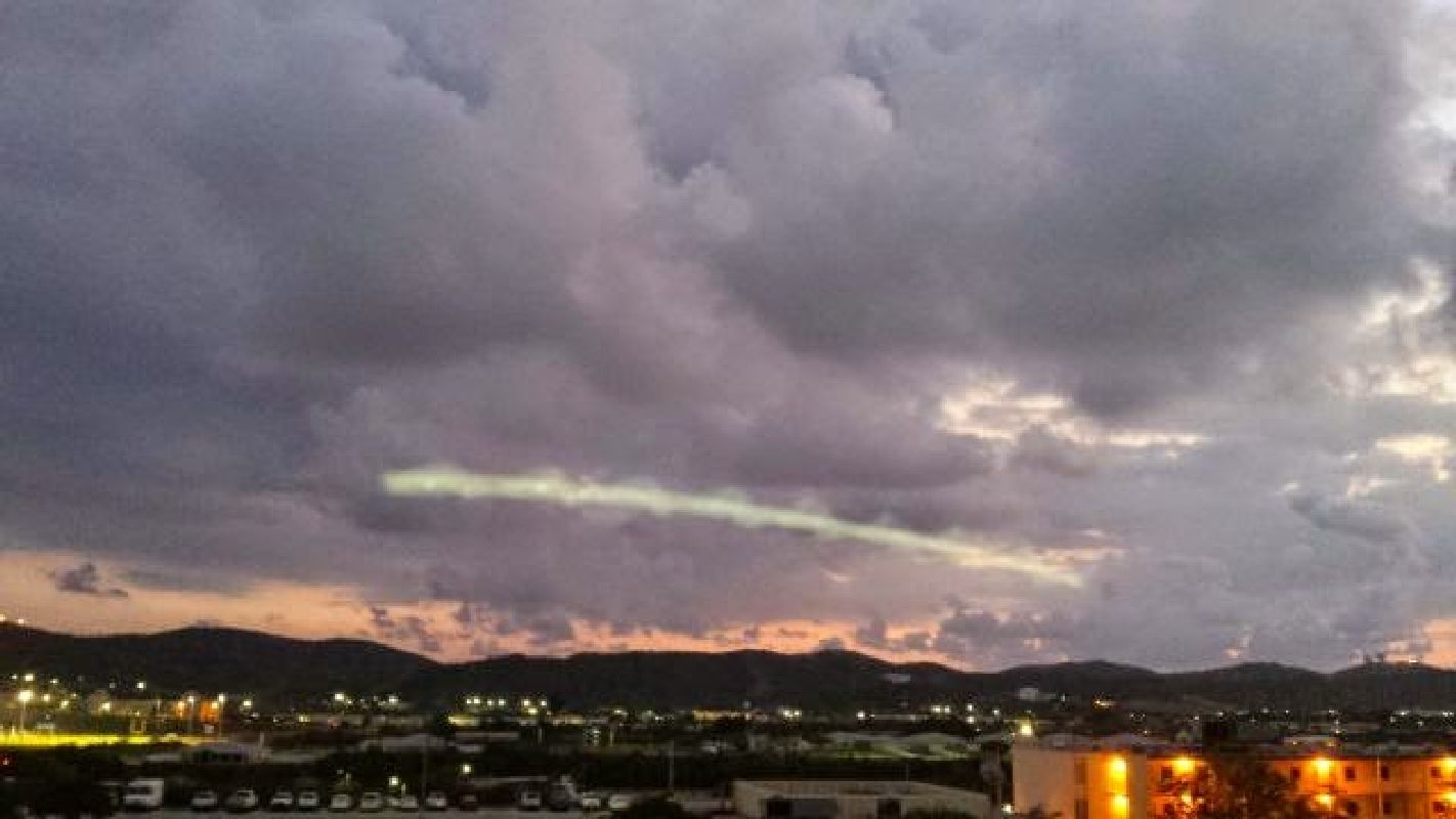 Misteriosa espiral verde en el cielo de Cuba