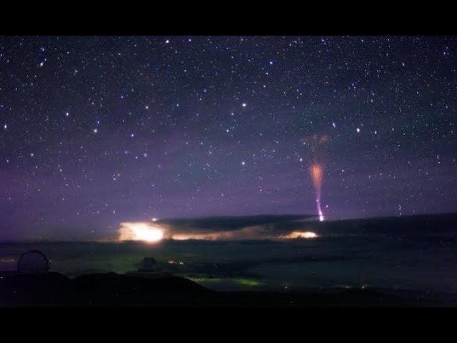 Graban chorros gigantes sobre una tormenta en Hawái