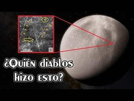 Aparecen Rayas Rectas Imposibles en Una Luna de Saturno