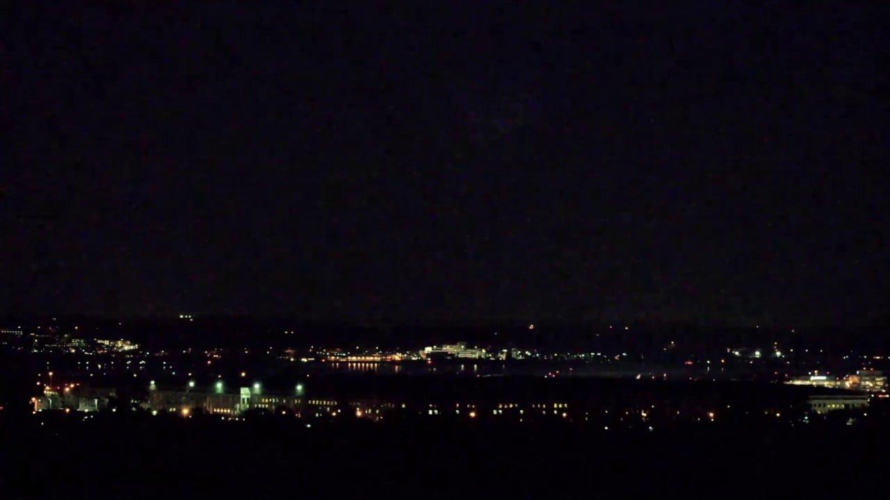 Aparece Enorme PIRÁMIDE OVNI encima del Pentágono ¿Real o FAKE?