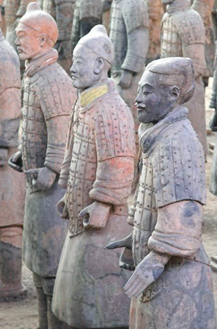 Traces of Han purple terracotta warriors - Han púrpura: A 2.800 años pigmento artificial que los físicos cuánticos están tratando de entender