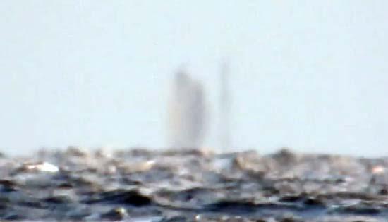 Barco fantasma flotando Lago Superior