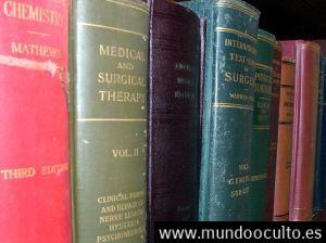 old-medical-books-122275-m