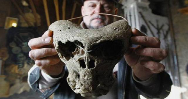 Cráneos de alienígenas descubiertos en Rusia
