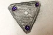 Testigos describen encuentros cercanos con OVNI triangulares