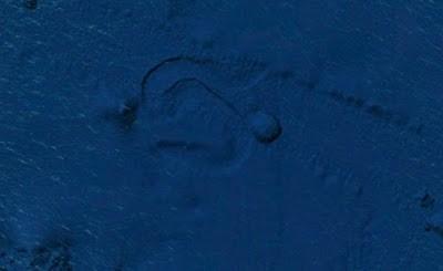 lo que se arrastra bajo el oceano pacifico - Lo que se arrastra bajo el océano pacifico