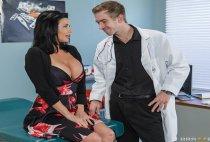 Doctor Adventures - Mom Visits Doc - Veronica Avluv