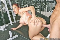 Big Tits In Sports - Will These Exercises Make My Boobs Smaller? - Kylee Strutt