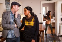 Big Butts Like It Big - Kiki Minaj - Hankering For A Spanking