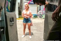 Bang Bus - American Idle with Kendall Kross