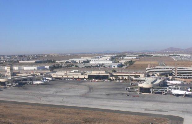Terminal Binacional de Aeropuerto Internacional de Tijuana