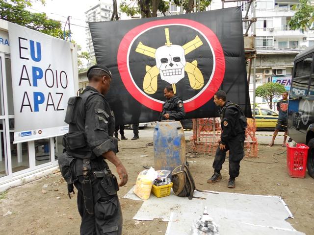 UPP installation in Rocinha Rio de Janeiro, BOPE