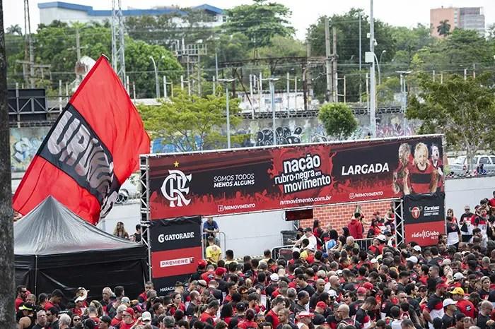 Flamengo joga fora do Rio e Nação terá telão no Maracanã para torcer junto em local especial