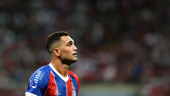 """Após ser derrotado, Gilberto confessa: """"Meu sonho é jogar no Flamengo"""""""