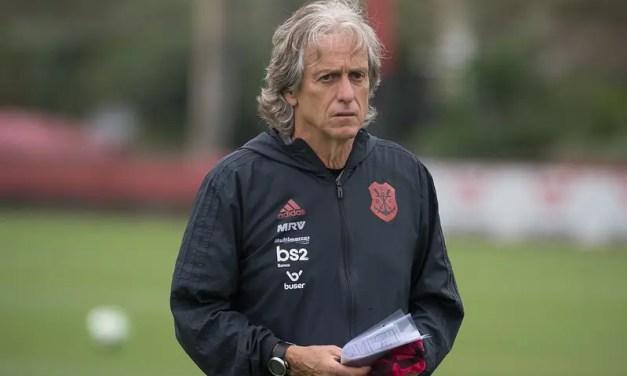 Benfica é derrotado em casa, e conselheiros pedem a volta de Jorge Jesus