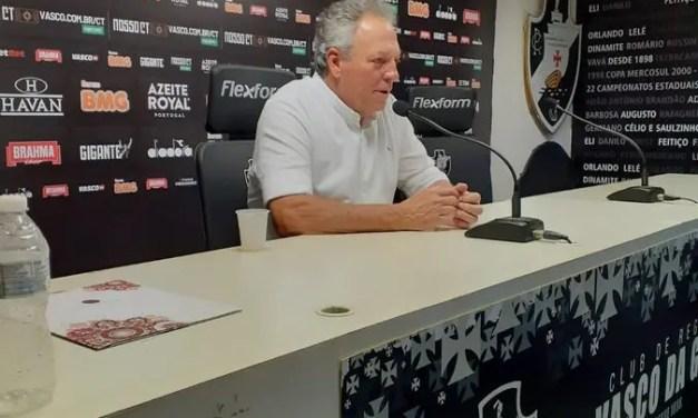 Abel diz que vai escalar reservas contra o Flamengo