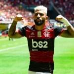 """Gabigol passa Adriano e se torna o segundo maior artilheiro do Flamengo no século: """"Muito feliz"""""""