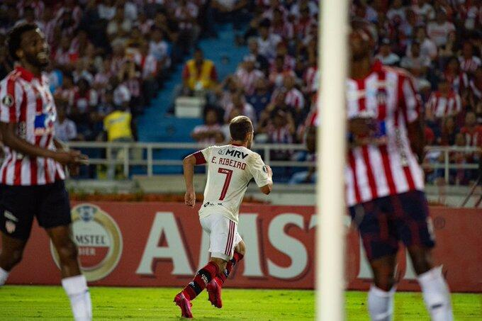 Notas e análises de Junior Barranquilla 1×2 Flamengo