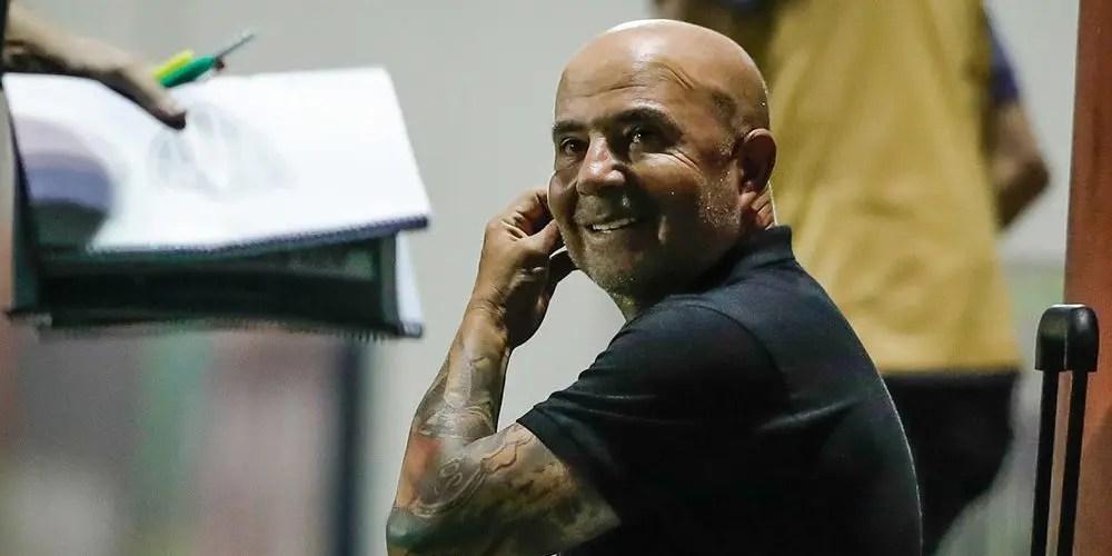 Flamengo pensa em Sampaoli como substituto de Jesus, diz site argentino