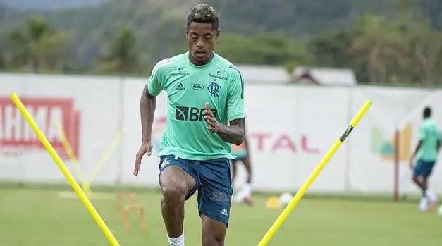 Domènec prepara o Flamengo com força máxima para encarar o Del Valle