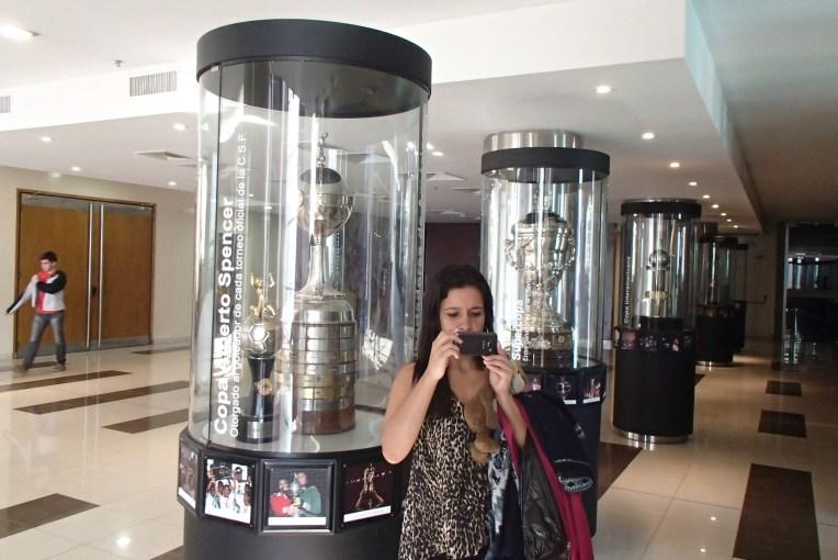 Sala de troféus do museu da Conmebol