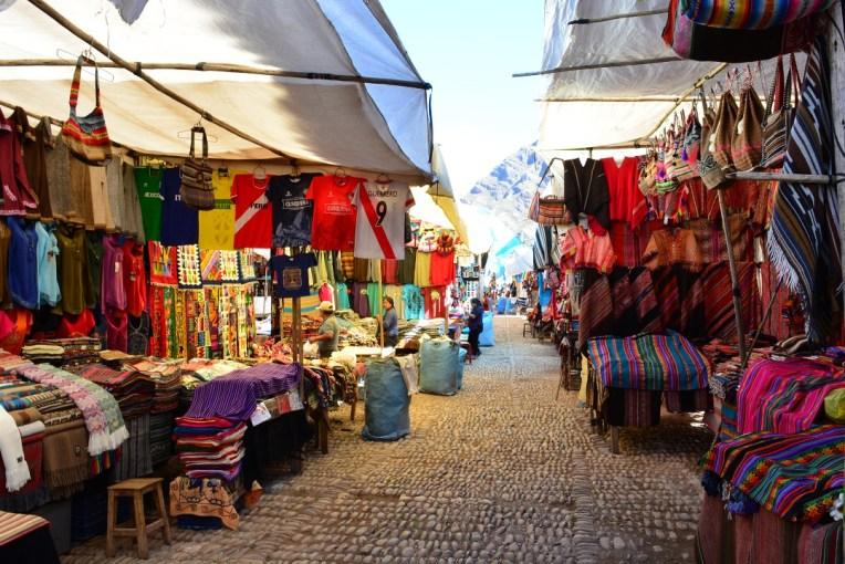 Feira de Pisaque, onde é possível comprar artesanatos peruanos