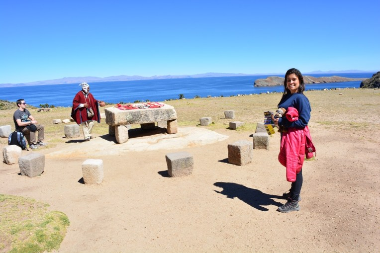 Mesa de cerimônias no norte da Isla del Sol