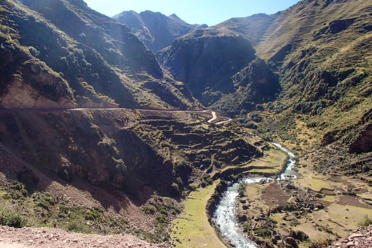 Estrada para o Cerro Colorado