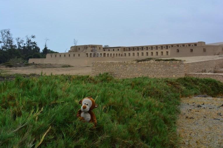 Um dos poucos prédios de Pachacamac que estão restaurados
