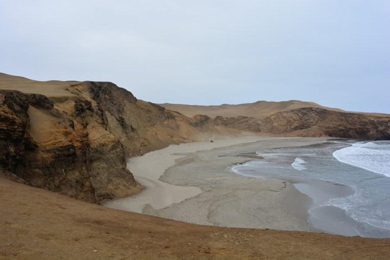 Praia e falésias de Caleta Vidal