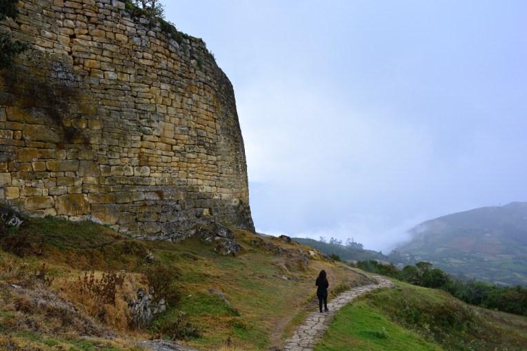 Grandes muralhas de Kuelap