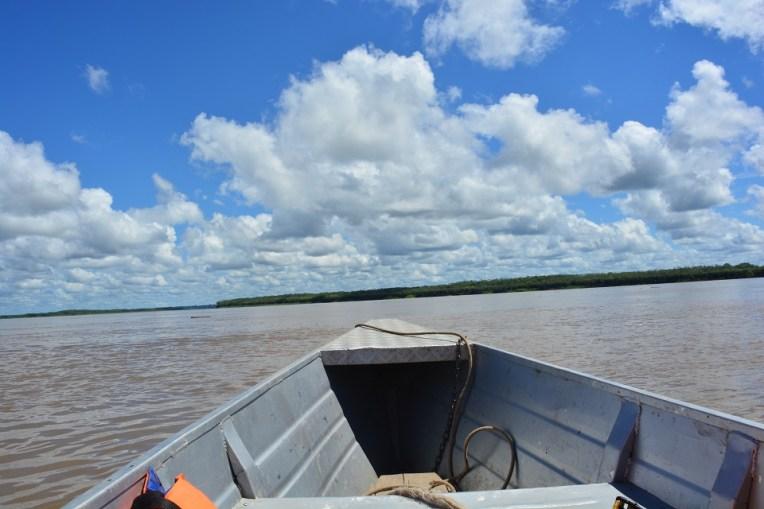 Aqui é onde se juntam dois enormes rios para formar o monstruoso Amazonas