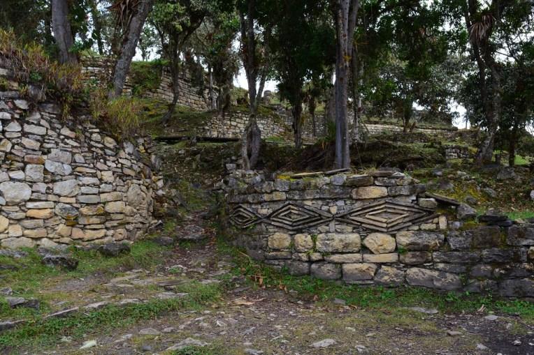 Formas de losango, típico da arte dos Chachapoyas