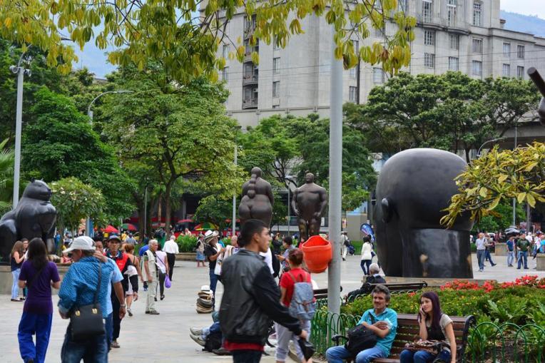 Plaza Botero, reunindo inúmeras obras do artista paisa.