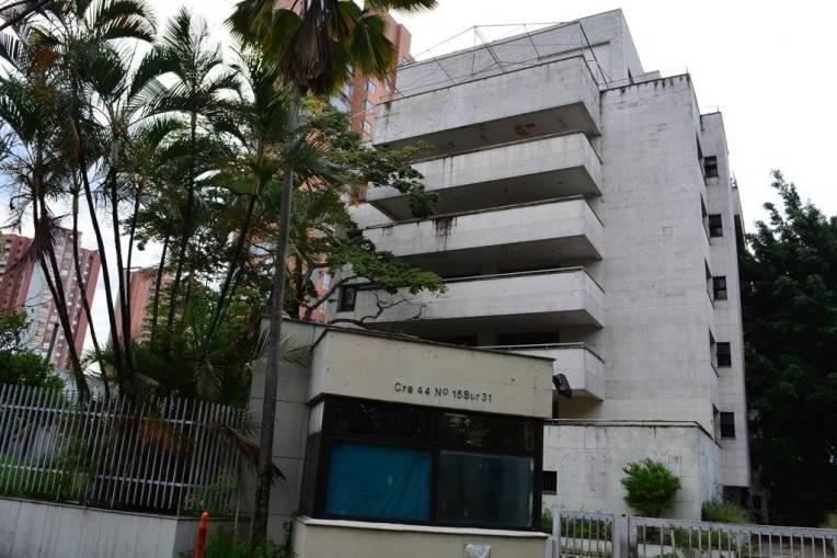 Fachada do Edifício Mónaco, local de atentado contra a família de Pablo Escobar